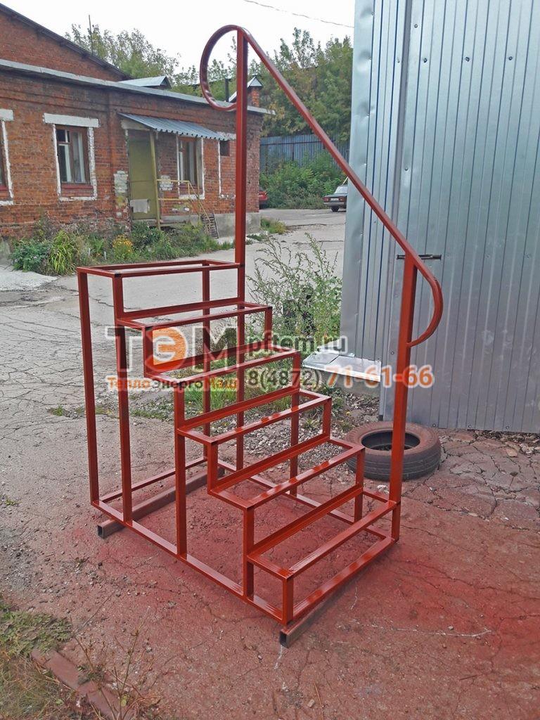 Металлические лестницы, стремянки и ограждения